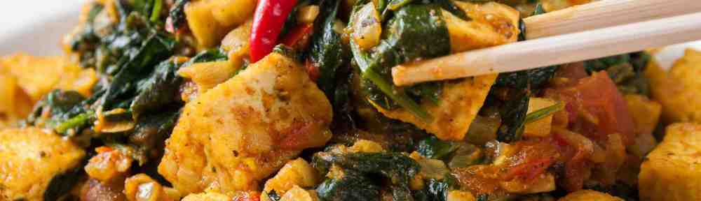 A Vegan Saag Packed with a Medley of Cancer-Protection