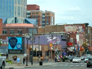 NashvilleStreetScene1980