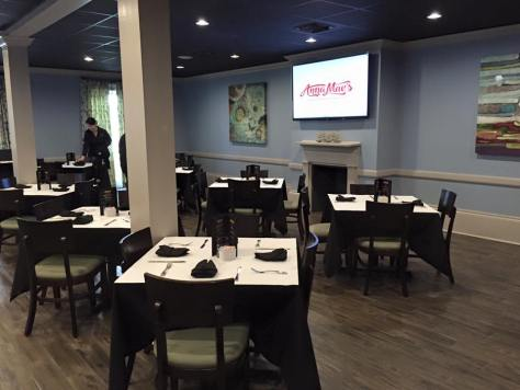 Anna Mae's Restaurant Opening In Metairie