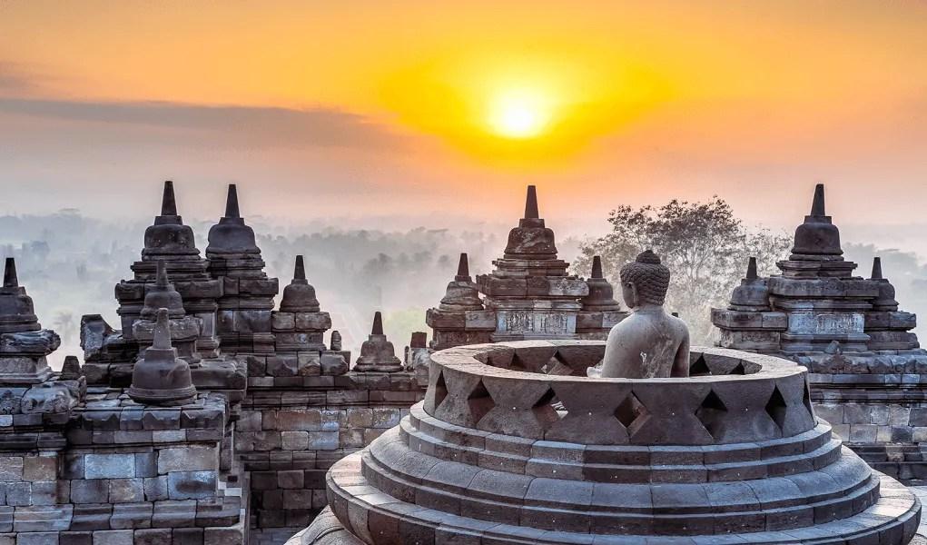 Sejarah dan Kecantikan Candi Borobudur Indonesia   Airpaz Blog