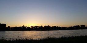 Foto einer Seenlandschaft