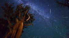 Hujan meteor Perseid tahun 2013 di Kalifornia tertangkap dalam foto. (Dans' Space)
