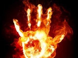 4 Sifat Ini Menjauhkan Anda dari Api Neraka