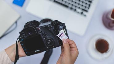 cartao-de-memoria-para-camera-os-3-fatores-decisivos-para-fotografos