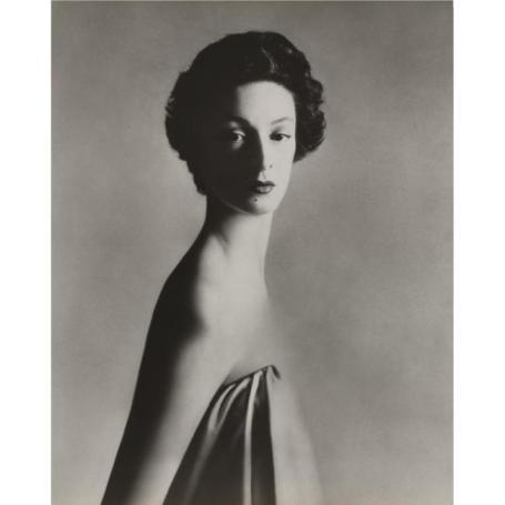 RICHARD AVEDON - 1923-2004 - 'MARELLA AGNELLI, NEW YORK STUDIO, DECEMBER 1953'- 46,875 USD - © Sotheby's