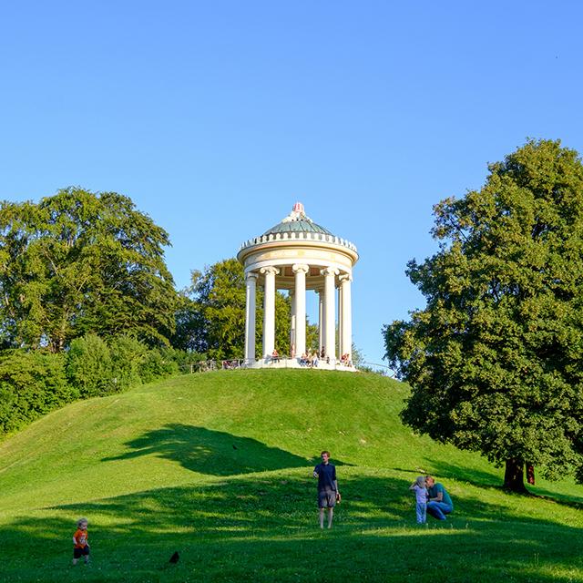 뮌헨 여행 가볼만한 곳 영국 정원의 언덕