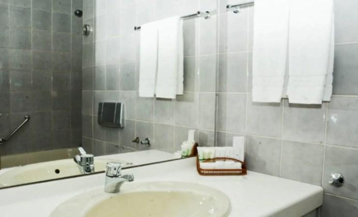 올스테이 추천 몽골 호텔 징키스칸 호텔 객실 내부 욕실