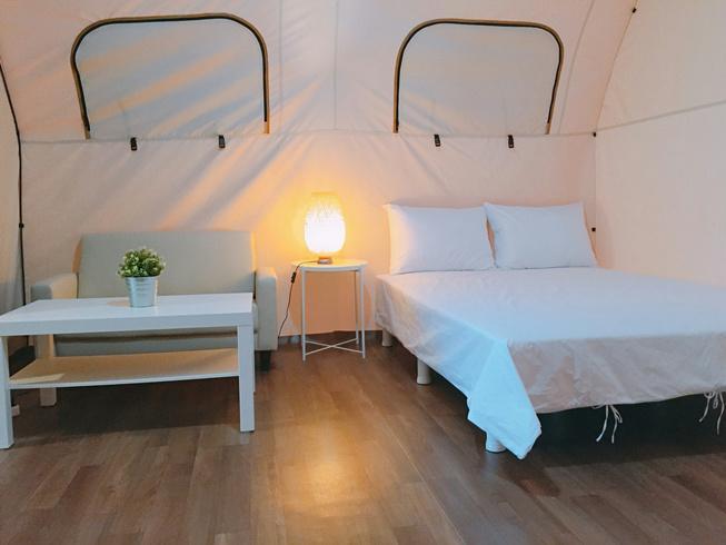 밤하늘글램핑 침실