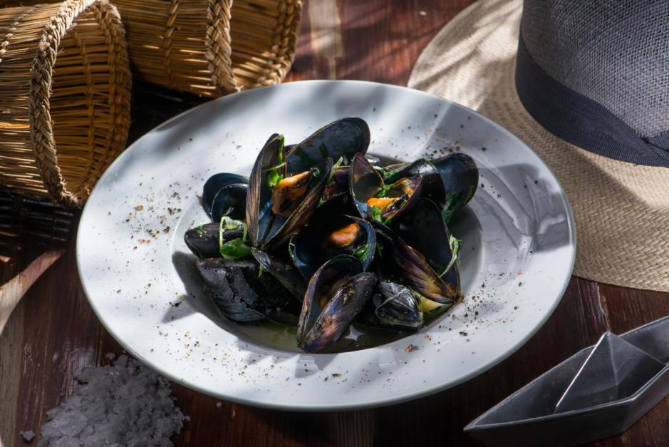 Food and Wine in Rethymnon, Crete