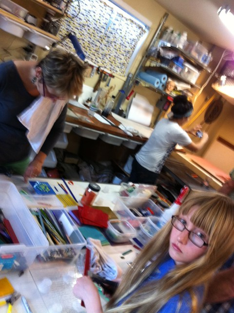 Leslie, Claudia and the youngest Lotite, Aubrey working those creative juices.