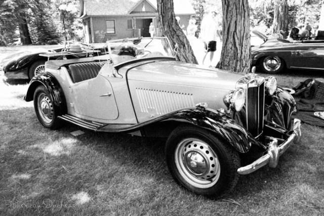 classic car MG TD roadster