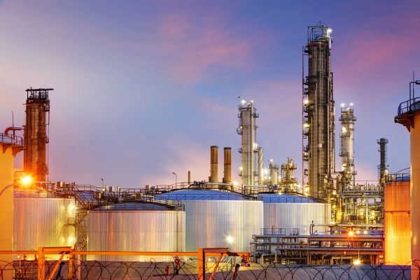 synthetic vs. conventional oil - oil refinery