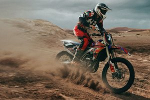 4 stroke dirt bike