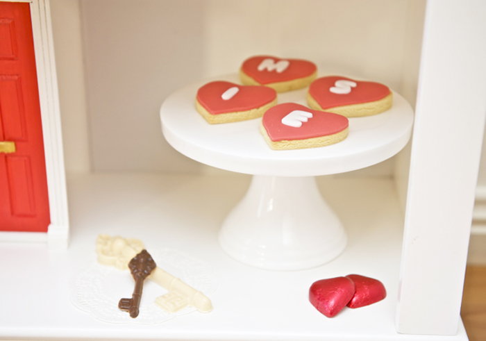 Today Is All About Valentines Day Sarah From Ribbon Whirls For Boys Girls In Australia Created This For Her Family This Dessert Table Was Inspired By