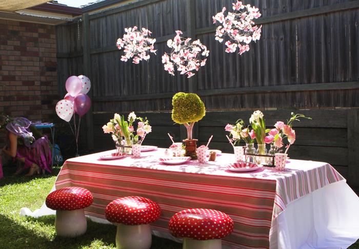 Kids Table with Toad Stool Chairs