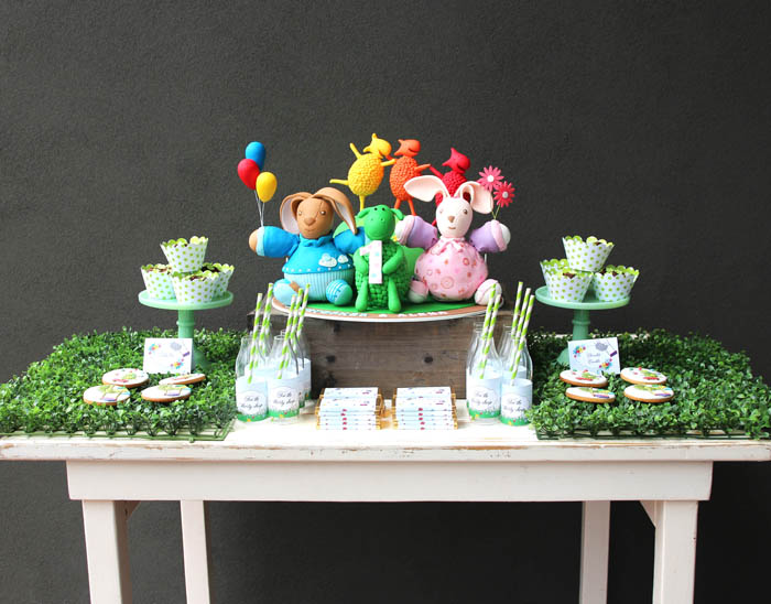 green-sheep-dessert-table-3