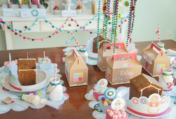 Gingerbread-House-Tabletop