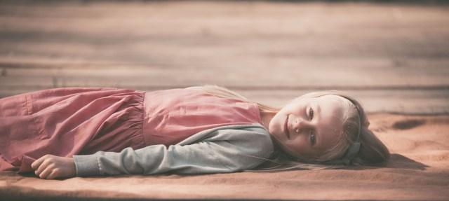 ann-elise lietaert nostalgisch retro spontaan spontane foto fotografie fotograaf kidsfotograaf romantisch 6