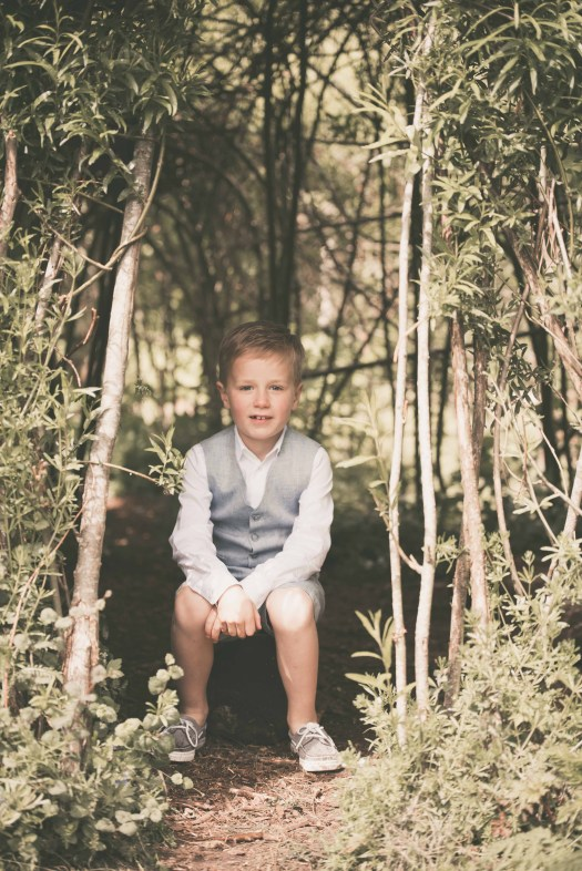 ann-elise lietaert kinderfotografie kidsfotografie spontaan spontane romantisch groen communie communiefoto communiereportage lentefeest foto 15