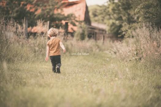 ann-elise lietaert fotografie gezinsfotografie spontaan romantisch natuur_-9