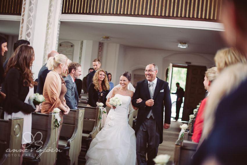 0038 mul aub 22731 bearbeitet - Melina & Lars - Hochzeit im Kieler Jachtclub
