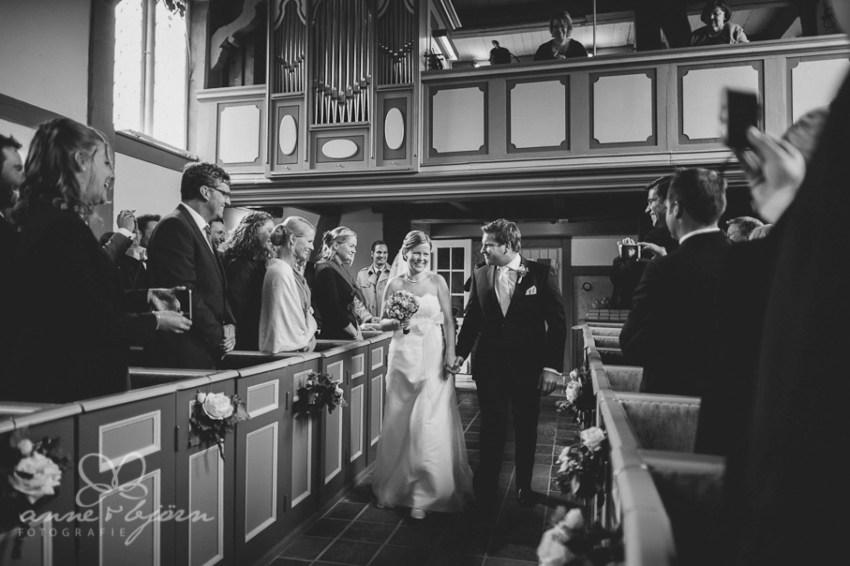 0048 cup aub 16192 1 - Conny und Philipp - Hochzeit im Hotel Waldhof auf Herrenland