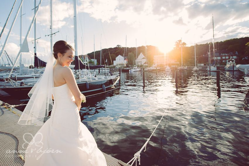 0055 mul aub 17451 bearbeitet - Melina & Lars - Hochzeit im Kieler Jachtclub