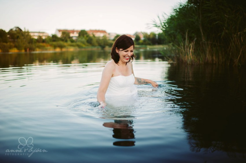 0016 dani aub 18372 - Daniela im Kreidebergsee - after wedding shooting
