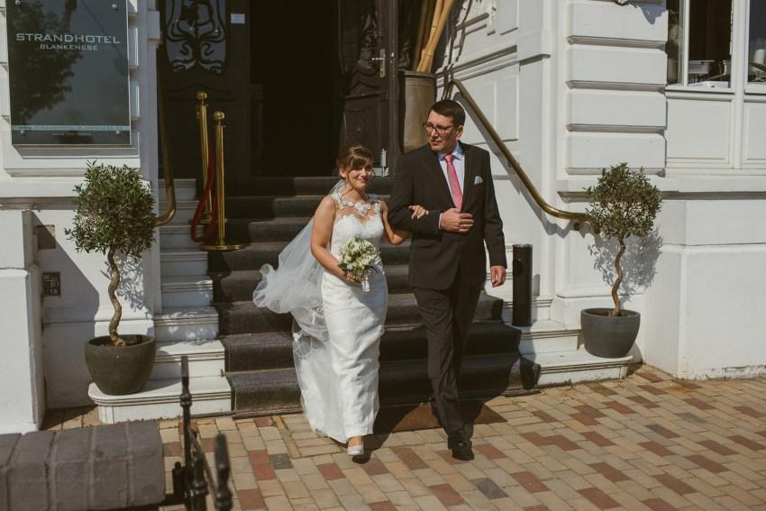 0050 jundb 811 7119 - Jagoda & Björn - Hochzeit im Strandhotel Blankenese