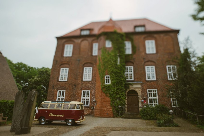 0042 anne und bjoern Manu und Sven D75 9456 1 - DIY Hochzeit im Erdhaus auf dem alten Land - Manuela & Sven