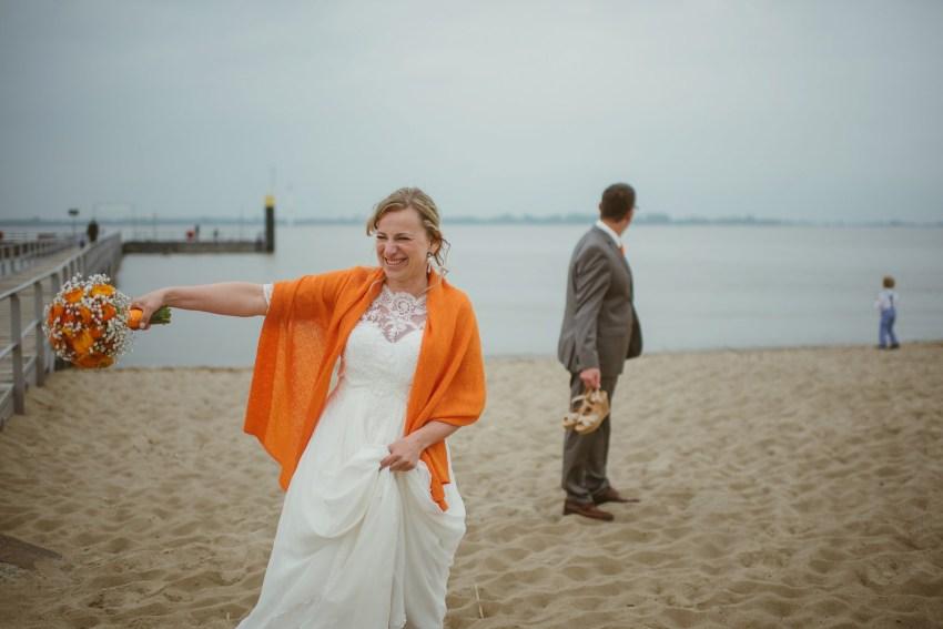 0099 anne und bjoern Manu und Sven D75 0504 1 - DIY Hochzeit im Erdhaus auf dem alten Land - Manuela & Sven