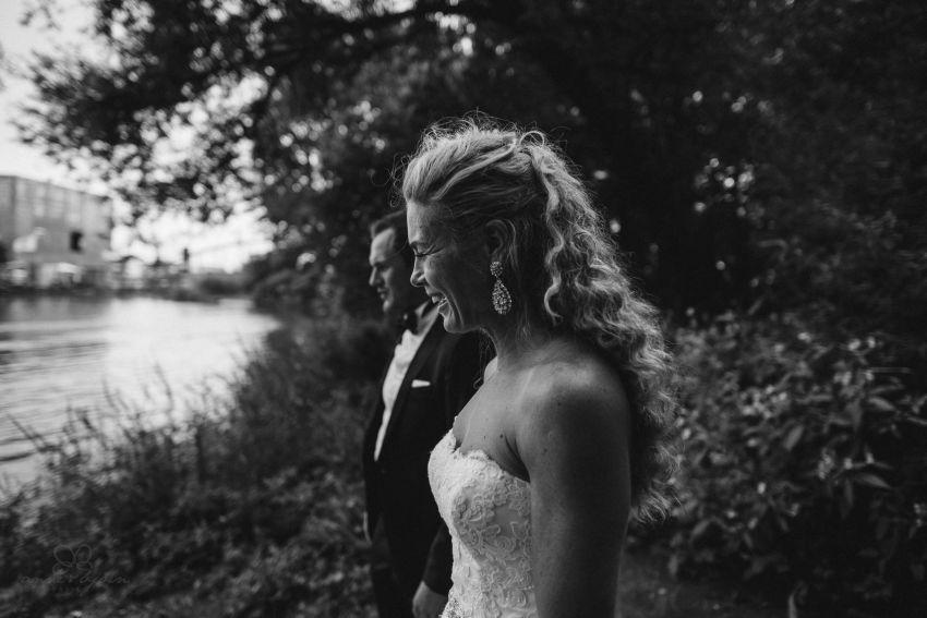 0069 dany sebastian hh d76 4614 - Bunte Hochzeit auf der Elbe - Daniela & Sebastian
