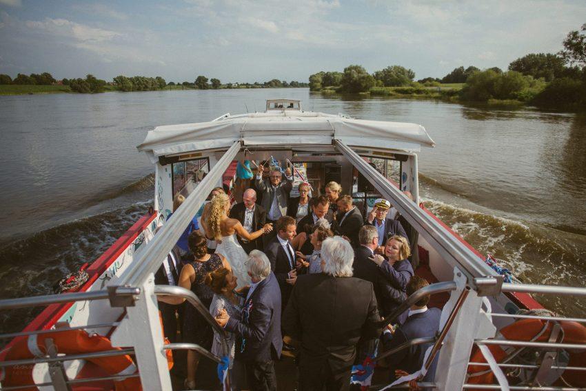 0089 dany sebastian hh d75 0563 - Bunte Hochzeit auf der Elbe - Daniela & Sebastian