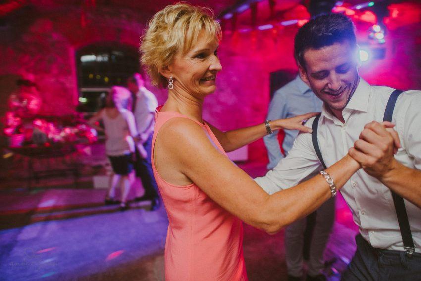 0128 lul rittergut lucklum d76 5625 - Hochzeit auf dem Rittergut Lucklum - Laura & Lucas