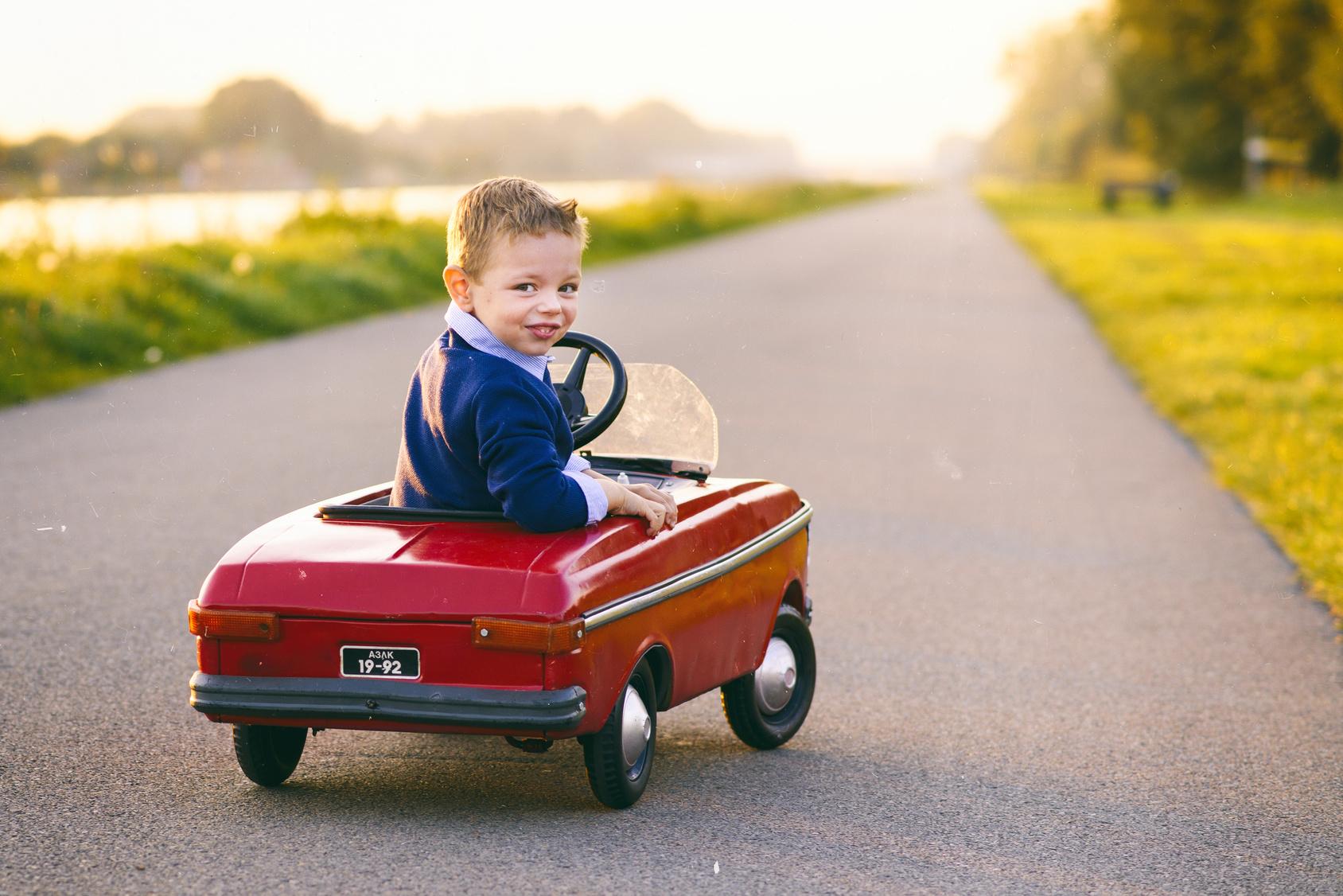 Fun Kids Toys Ideas Bentley Battery Powered Ride On Car