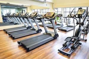 Treadmills-in-the-gym-1200