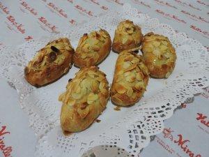 Flaons, Pasta de pastel de Boniato, relleno de requesón.