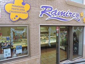 Pastelería Ramírez en La Cañada, Almería.