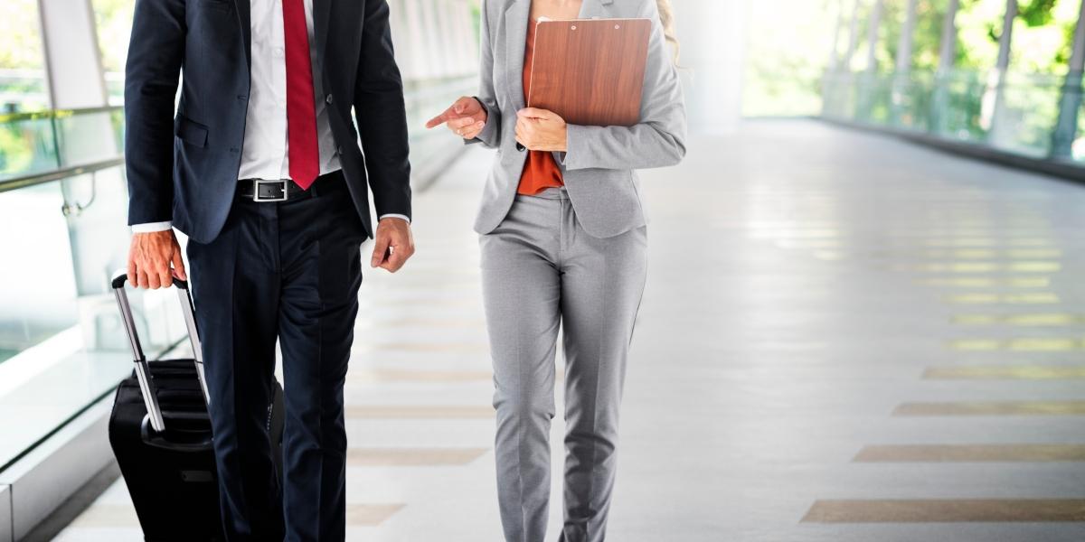 Veja aqui 6 dicas para você você fazer um bom orçamento de viagem corporativa, evitando gastos adicionais e realizando um bom planejamento.