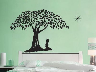 Vinyl wall art gives a distinctive look to any room it is used in.