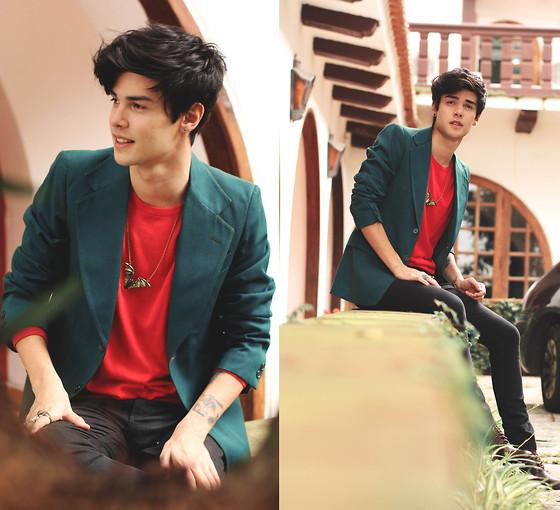 blazer-verde-camiseta-vermelha