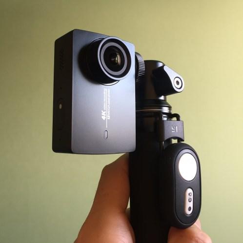 Экшн-камера YI2