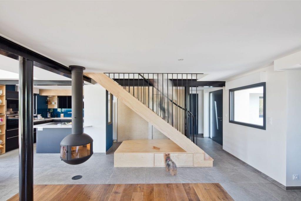 Rénovation et extension d'une maison secondaire projet Archibien entrée et pièce à vivre