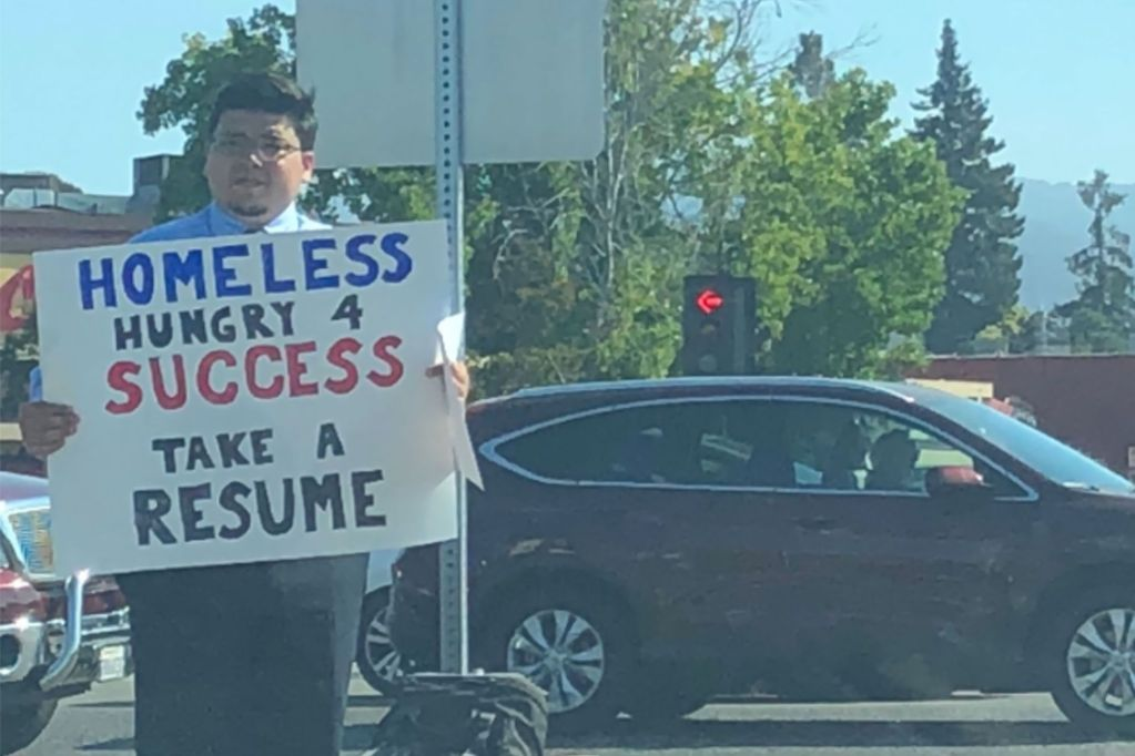 This Entrepreneur Risked It All and Ended Up Homeless Handing Out Resumes on a Street Corner