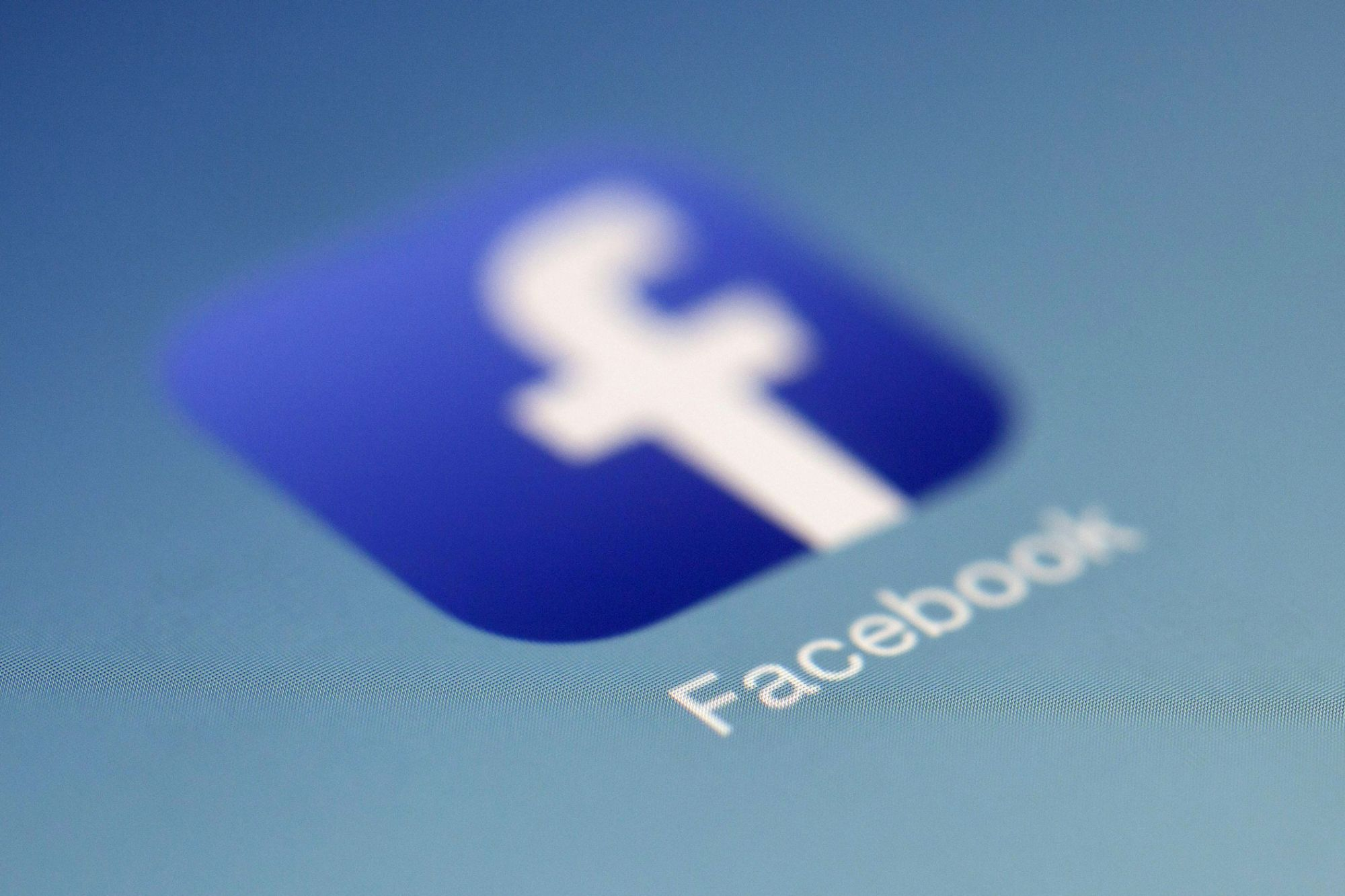 Some People Would Need at Least $1,000 to Ditch Facebook
