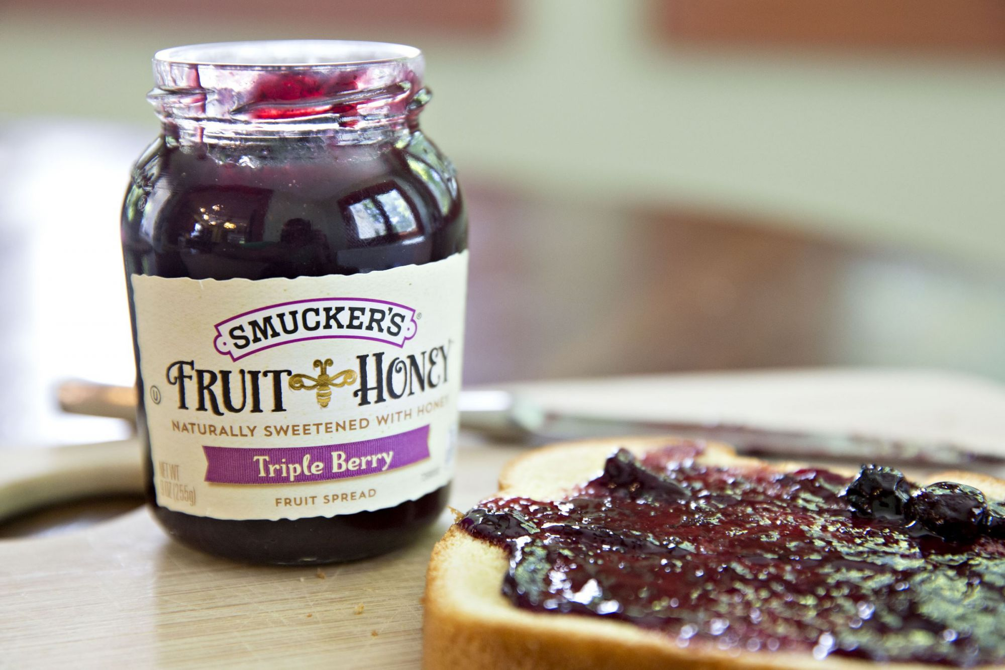J.M. Smucker Is Up, But Rest of Stock Market Soft After Minutes of Last Fed Meeting Released