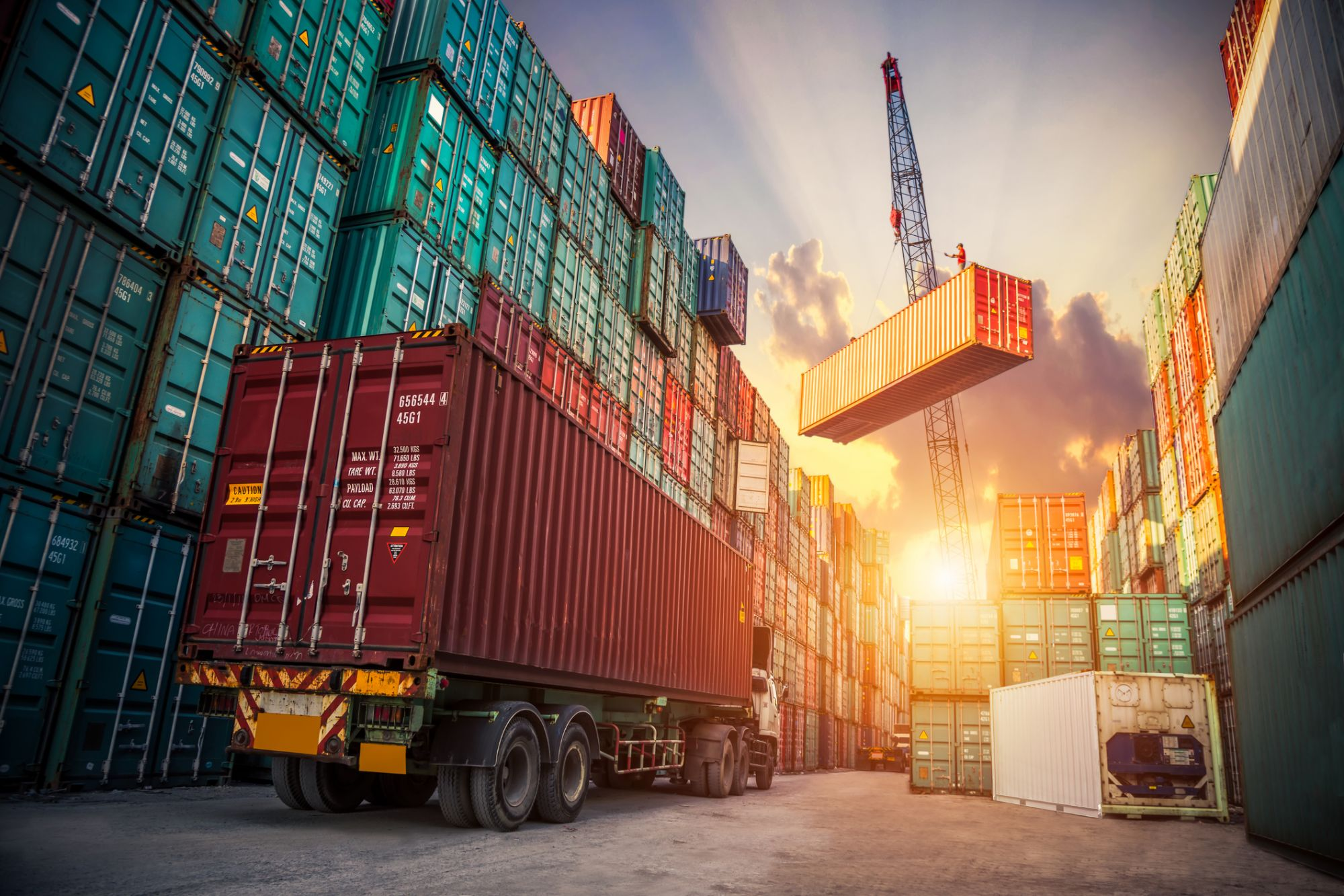 How to Make Money in Logistics and Shipping as a Freight Broker