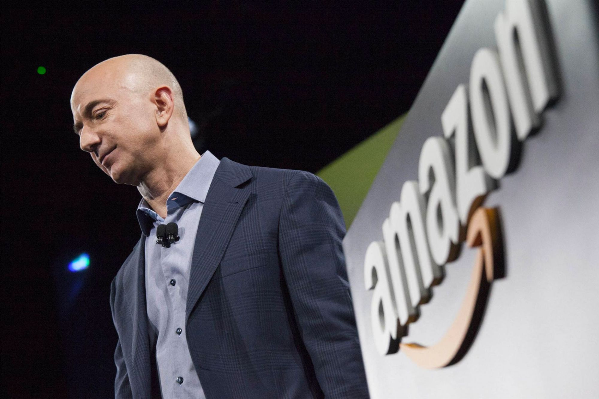 Hacking of Jeff Bezos' Phone is Tied to Saudi Prince, Reports 'The Financial Times'