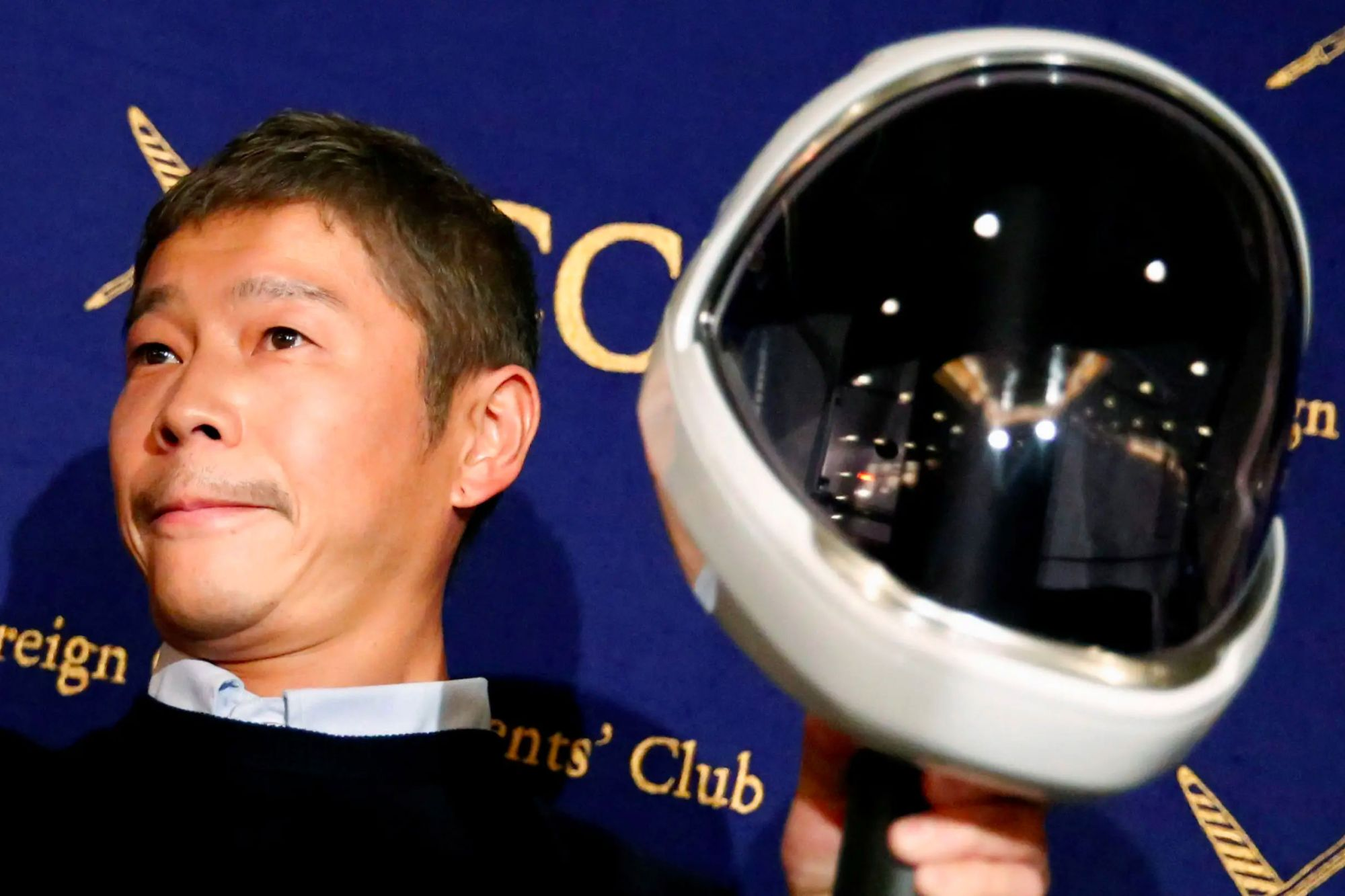 For Social Experiment, Japanese Billionaire Gives $9 Million to People On Twitter