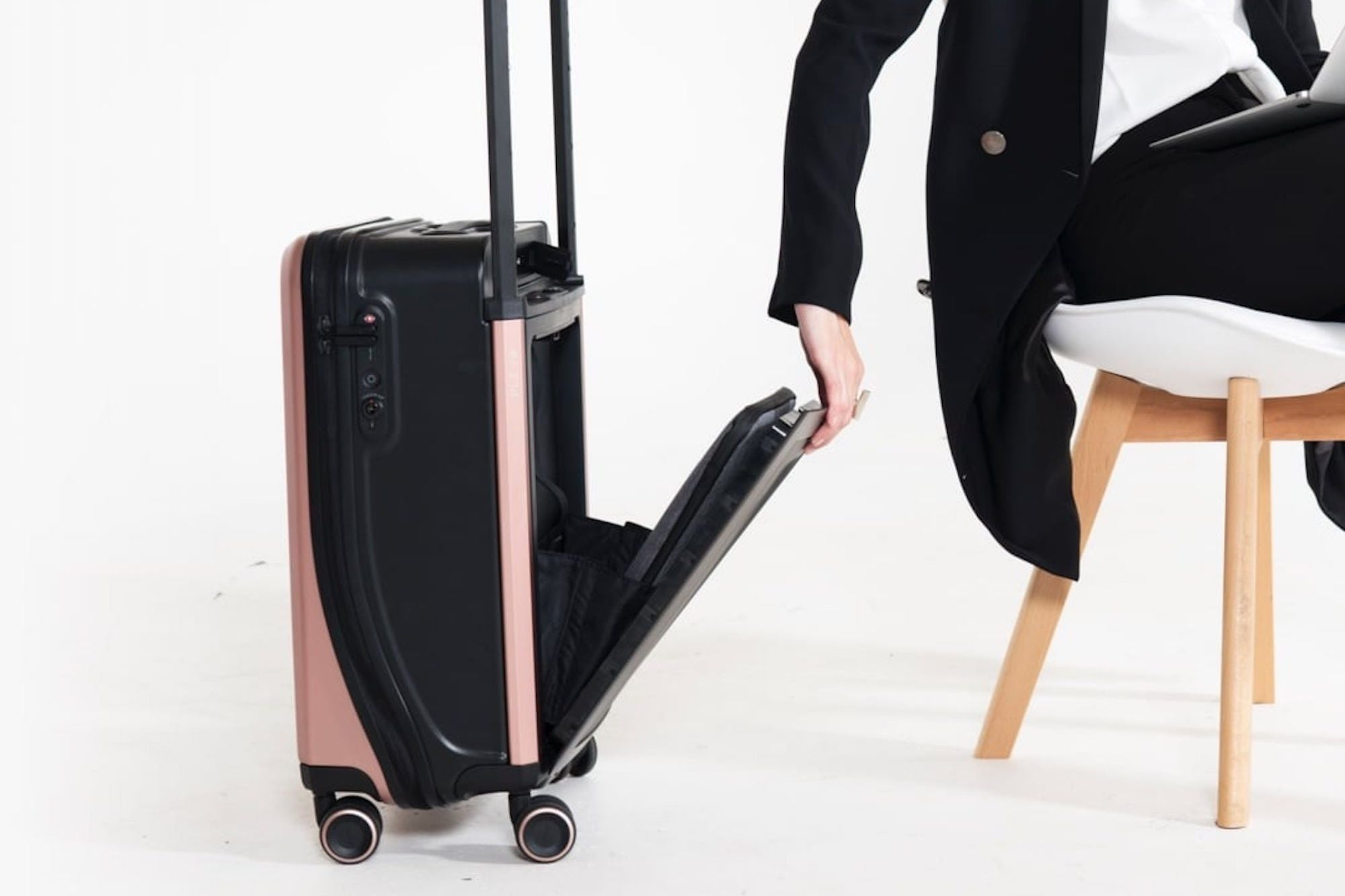 This Kickstarter-Funded Company is Making Luggage Smarter and Work Travel Easier
